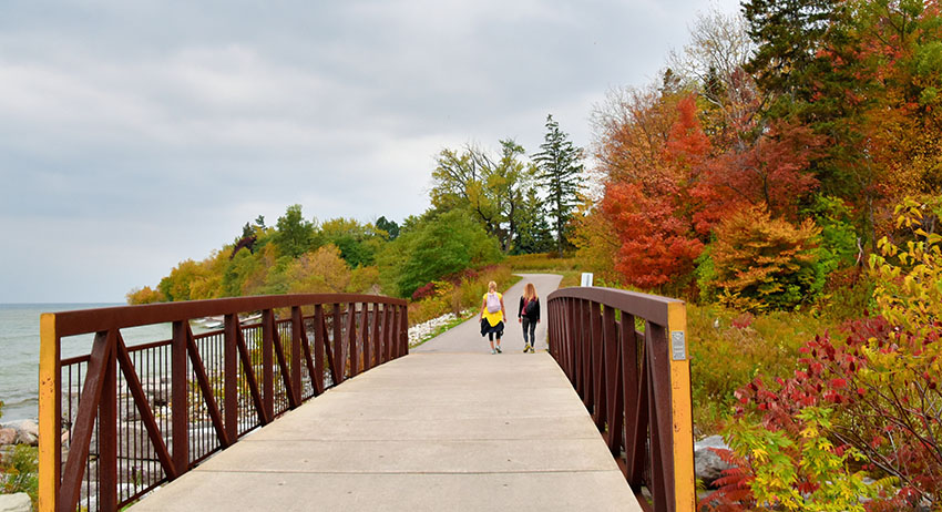 women walking in rouge. park looking for the best sesh spot to smoke weed in scarborough